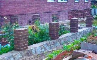 Как залить фундамент под кирпичный забор?