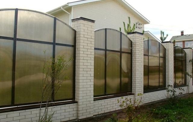 Шумозащитные заборы: шумоизоляционные, шумопоглощающие панели, цена, ограждения для дачи и частного дома своими руками