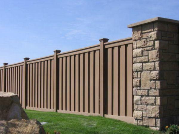 Забор из ДПК: фото, монтаж своими руками декинга и отзывы