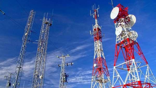 Расстояние от вышки сотовой связи до жилых домов: вред для здоровья, безопасное по нормам СанПиН и минимальное по закону 2020
