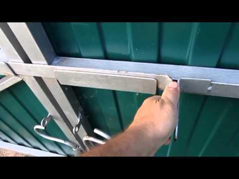 Засов на ворота своими руками: как сделать для распашных, гаражных, фото, видео и схема