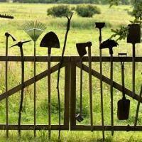 Высота забора между соседями и участками по закону 2020 - 2021 в частном доме: СНиП