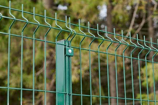 Забор из сетки Гиттер: фото, цена для дачи, установка сварной секции 3Д, размеры и стоимость ограждения, монтаж своими руками на видео