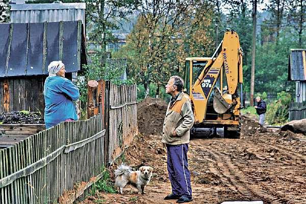 Отступ от границы участка при строительстве дома: нормы СНиП для частного жилого строения (ИЖС)